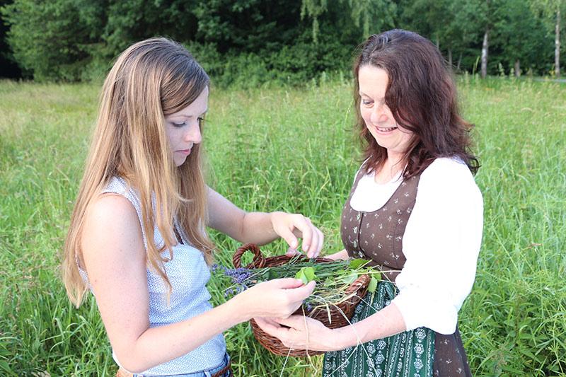 Kräuterwanderung mit Christine Lackner